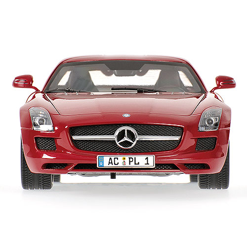 MINICHAMPS Mercedes Benz SLS AMG -2010- rot metallic 039020